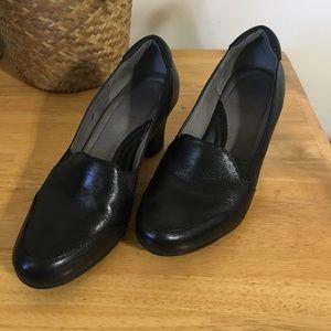 Naturalizer Black Leather Heels